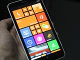 流畅体验+续航强劲 Lumia 1320上手评测