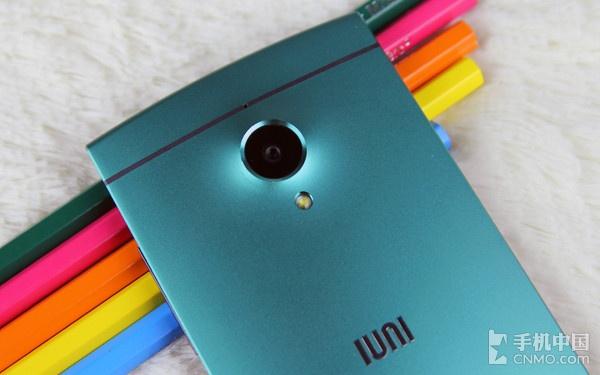 金属机身小米3终结者 IUNI U2首发评测
