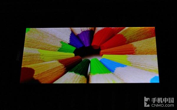 6.0英寸1080p巨屏八核 飞利浦I928评测