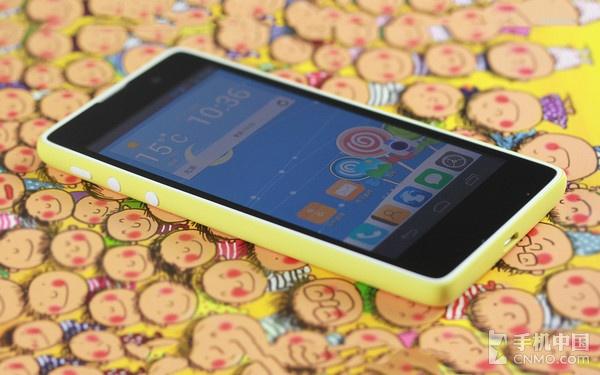 超值四核高清大屏 富可视糖果手机体验