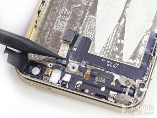 iPhone 6仍将采用True Tone双LED闪光灯