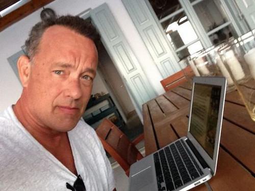 影帝汤姆·汉克斯玩变身 推iPad打字应用