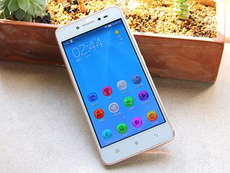 独有前置闪光灯 联想手机S90升级版评测