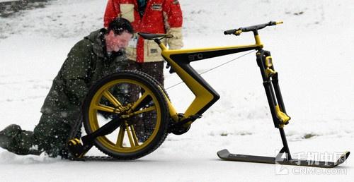 滑雪板车履带一个轱辘 这就是Venn滑雪车