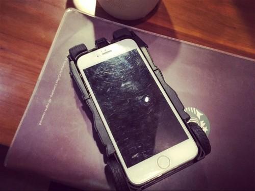 撞机不撞壳 绝对创意的iPhone手机壳推荐