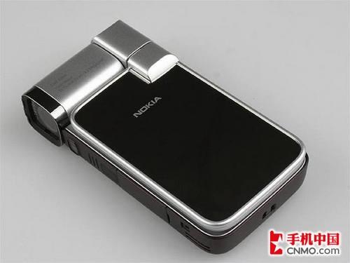 时尚镜面翻盖设计 诺基亚N93i低至688元