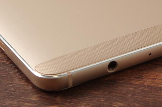 中兴V7 MAX评测:侧边指纹是什么体验