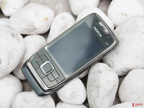 经典滑盖商务手机 诺基亚E66价格仅290元