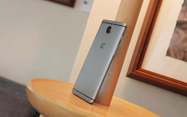 6GB运存性能强悍 一加手机3售2499元第1张图
