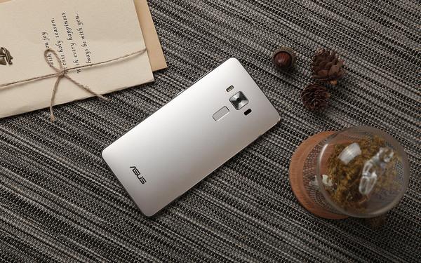大气外形性能强 华硕ZenFone 3尊爵上市第2张图