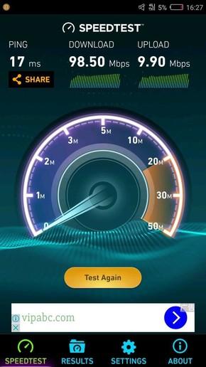 4G(左)和WiFi(右)网速测试