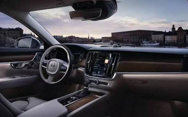 全面优于德系 沃尔沃S90长轴距版上市