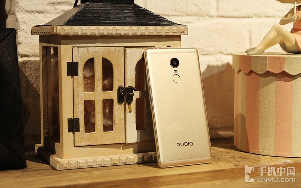 努比亚Z11 Max