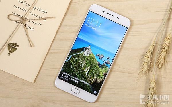 最低仅899元 热门高性价比快充手机推荐第4张图