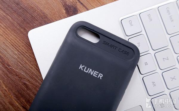 苹果Smart Battery Case