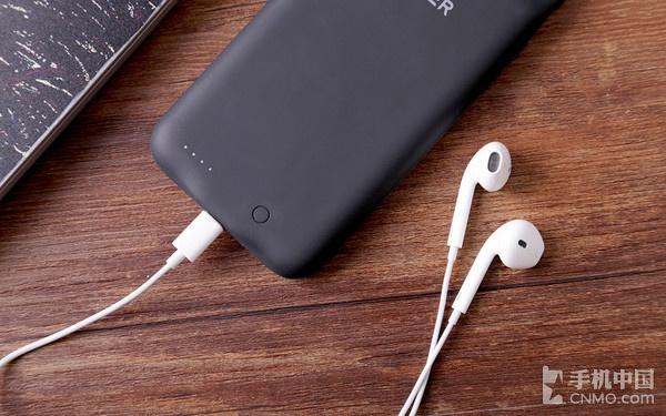 充电听歌两不误 酷壳iPhone 7版体验