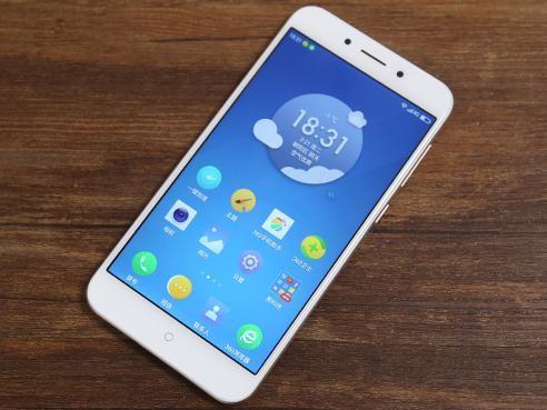 360手机N5评测:6GB运存的青年旗舰