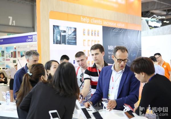 中国风邦华手机闪耀2017香港电子展