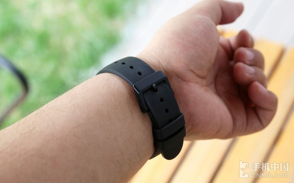 """戴着""""脑子""""去运动 Ticwatch S体验评测"""