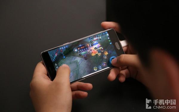 一加手机3T完美运行《王者荣耀》