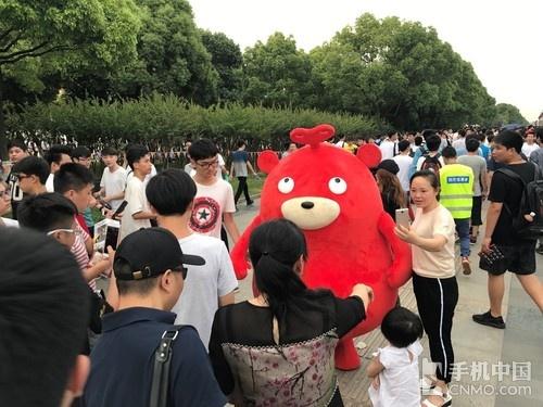 王者荣耀大PK 手游竞技直播选用二手手机