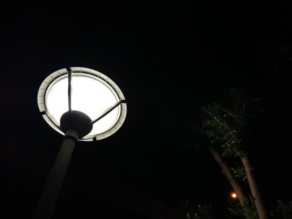 HUAWEI nova 2夜景样张