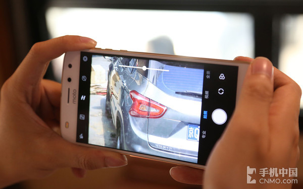 Moto Z2 Play拍照界面
