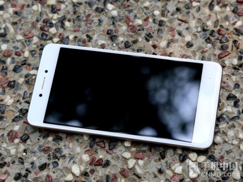 中国移动A3s手机 一款百元级别的大牌机