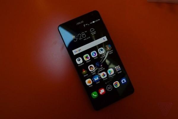 华硕ZenFone AR真机上手 摄像头是亮点