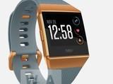 Fitbit智能手表渲染图:方形表盘外观硬朗