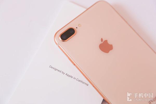 iPhone 8 Plus后置摄像头