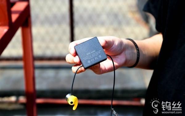 """MOPS智能蓝牙心率耳机 """"解放""""手机吧"""