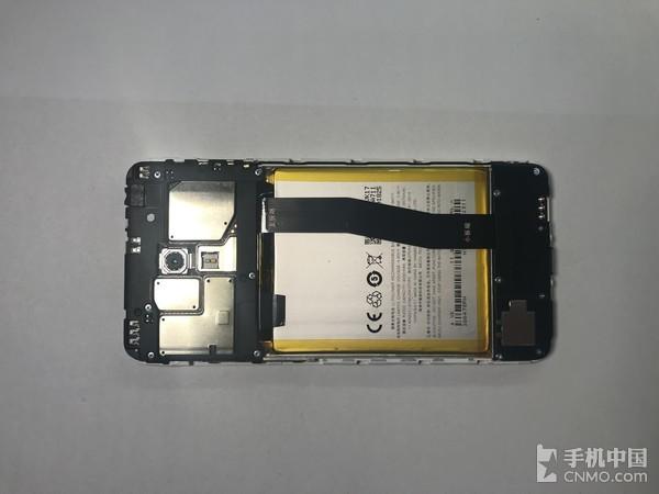 主板-电池-副板的三段式设计