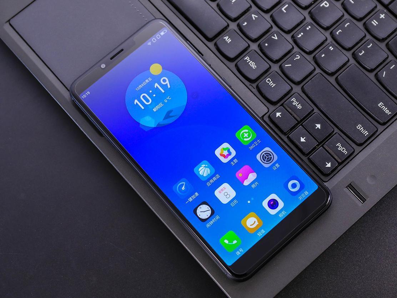 """360手机N6评测 史上首款全面屏""""充电宝"""""""