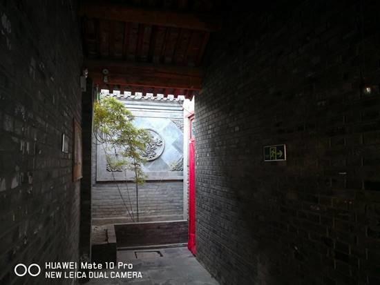 冬日里的北京 是一抹朱红和些许的烟火气