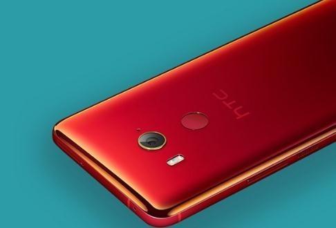 HTC手机(图片来自网络)