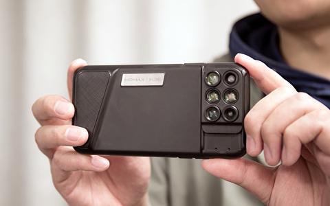 想用iPhone X拍电影 MOMAX新品满足你