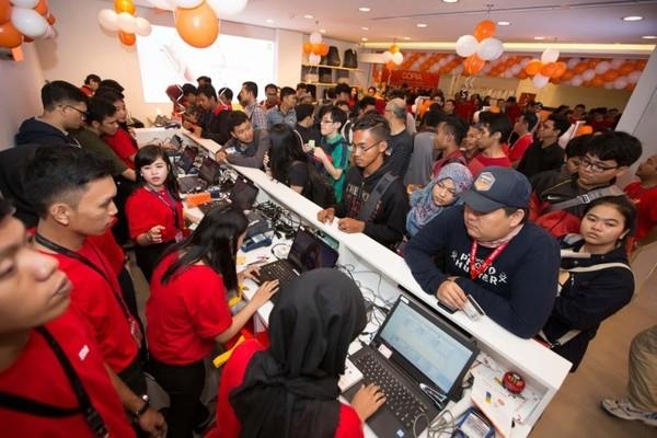 给力!印尼第五家小米授权店落户雅加达