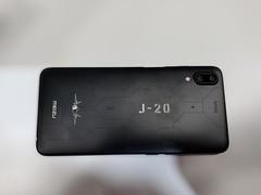 魅蓝E3手机现场图赏 歼-20定制版更抢眼