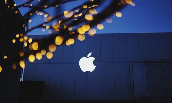 """苹果新款""""小钢炮""""将发布 单手操控很完美"""
