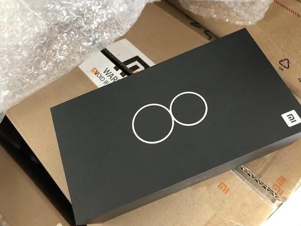 小米8包装盒