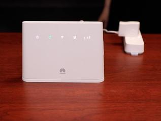华为4G路由2 能插流量卡上网的路由器