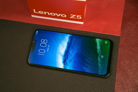 靓彩全面屏 千元无敌手 Lenovo Z5图赏