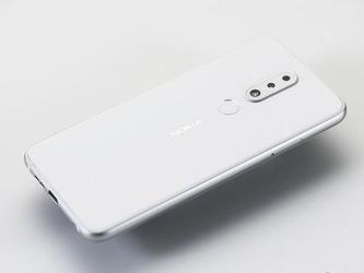 诺基亚X6极地白正式开售1699元颜值颇高