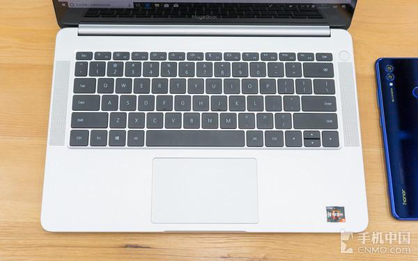 荣耀MagicBook触屏版评测 不只于性价比