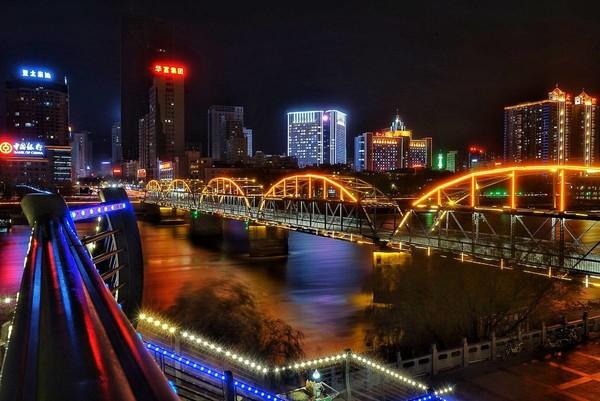 蘭州城市風光(圖片來自網絡)