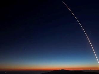 FCC批准马斯克Space X发射7000颗卫星