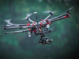 英国使用AI和无人机技术维护电力设施