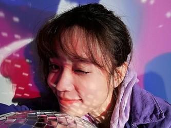 小姐姐爱上荣耀10青春版2400万AI自拍