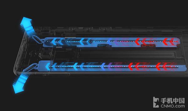 红魔Mars电竞手机内部拥有散热铜管以及风槽,无需配件即可实现风冷+液冷双散热